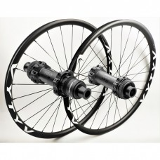 MTB wheelset based on DT Swiss 180 EXP CL Straightpull hubs by WHEELPROJECT