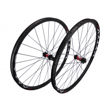 VYTYV XC 29 Carbon / DT Swiss 240s IS Straightpull wheelset approx. 1330g on the lightest spokes