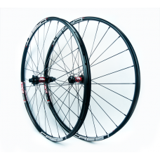 "Stan's No Tubes ZTR Crest MK3 29"" / DT Swiss 240s IS BOOST Straightpull / Sapim CX-Ray 1432g wheelset"